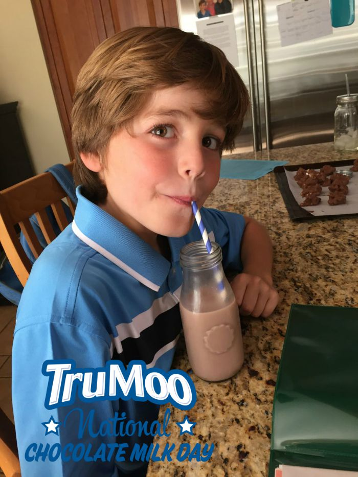 Kids enjoying tru moo1