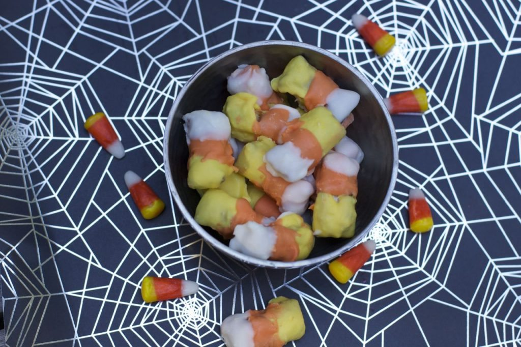 Easy Chocolate Snacks for Halloween Party candy corn pretzels