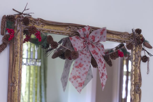 mirror garland idea