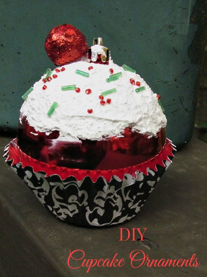 cupcake-ornament01