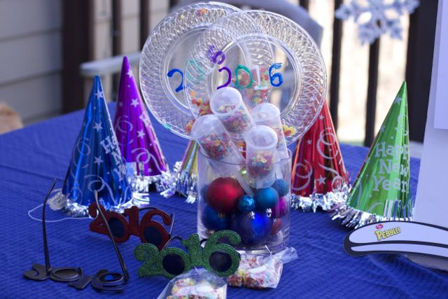 Throw A Kid Friendly New Years Eve Party