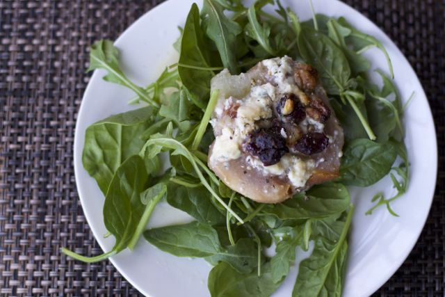 Roasted Pears with Arugula Salad Recipe
