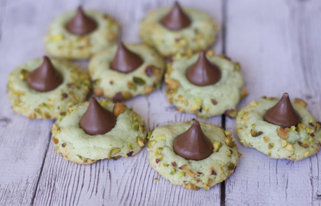 St. Patrick Day Dessert Ideas Pistachio Pudding Kiss Cookies