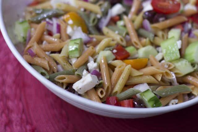Irresistibly Easy Greek Pasta Salad Recipe