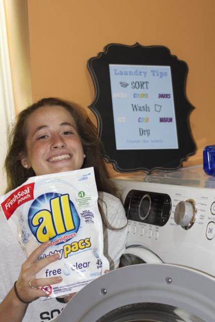 Get your kids to do laundry with this free laundry printable