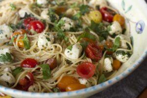 Marinated tomato pasta dish is a great caprese pasta recipe