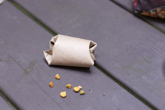 Make this super easy cat puzzle toy and fill it with Meow Mix Bistro
