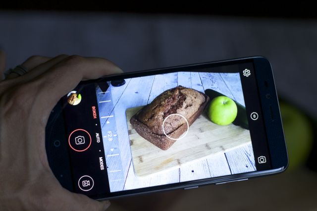 Tips on taking good food photography with a phone and prepaid phones