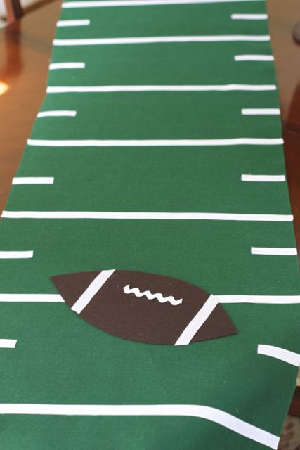 NO Sew Football Field Runner Tutorial