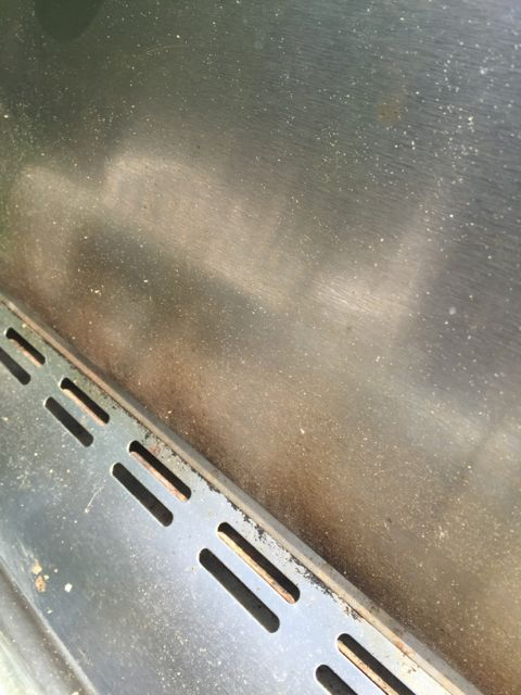 Best tips for cleaning your outdoor grill