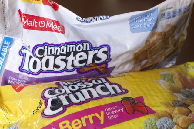 Colossal Berry Crunch Cereal Bar Recipe