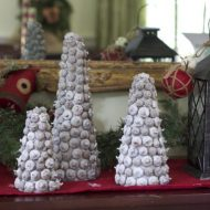 DIY Acorn Christmas Tree Decorations