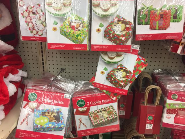 Cookie exchange party prizes christmas gifts under 8 for Good hostess gifts for a christmas party