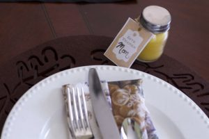 Thanksgiving beeswax candle favors
