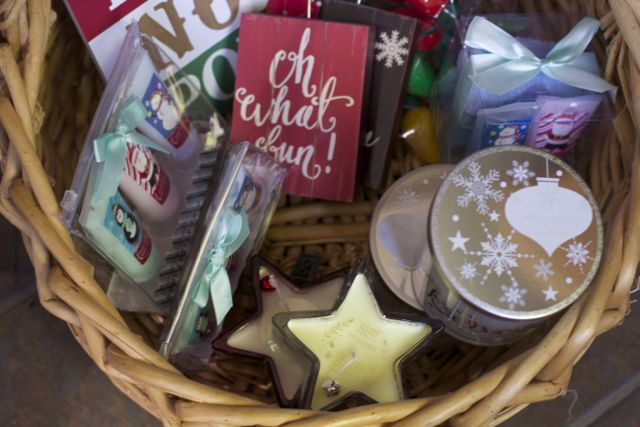 christmas-gifts-under-8