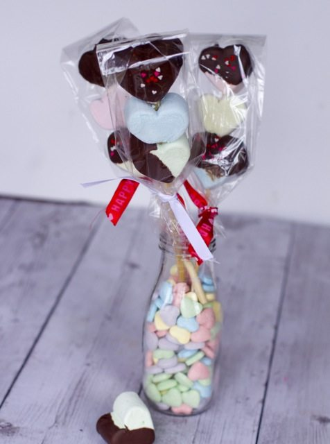 Easy Valentines Treats: Chocolate Covered Marshmallow Kebabs