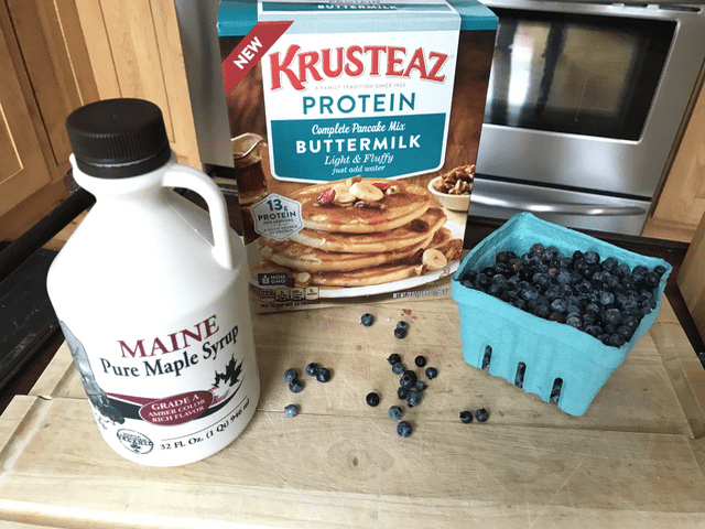 High Protein Breakfast Recipe- Chocolate Banana Pancakes