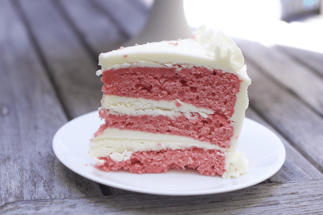 Heavenly Strawberry Cake with cream Cheese Buttercream Icing Recipe