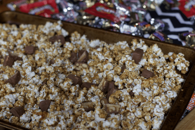 Candy Bar Caramel Popcorn Recipe