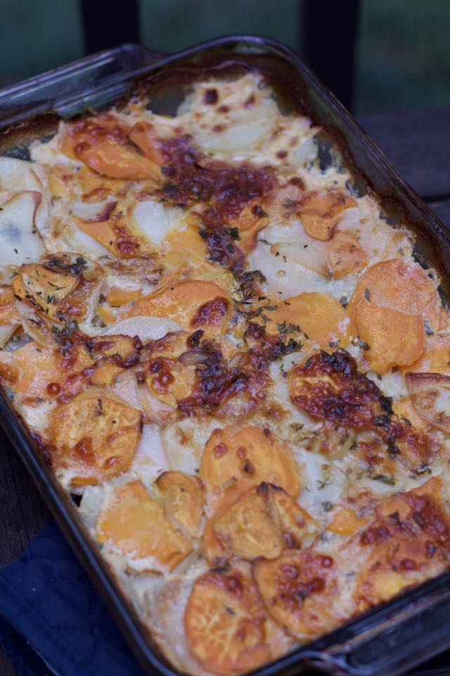 Easy Thanksgiving Side Dish : Scalloped White and Sweet Potatoes