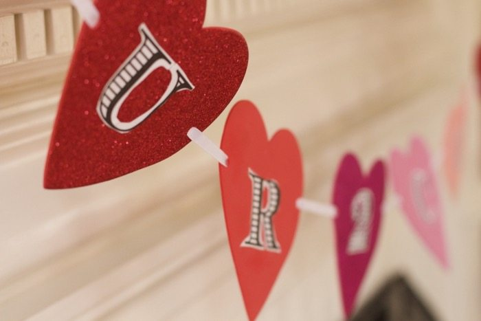 DIY Valentines Day Mantel Decor