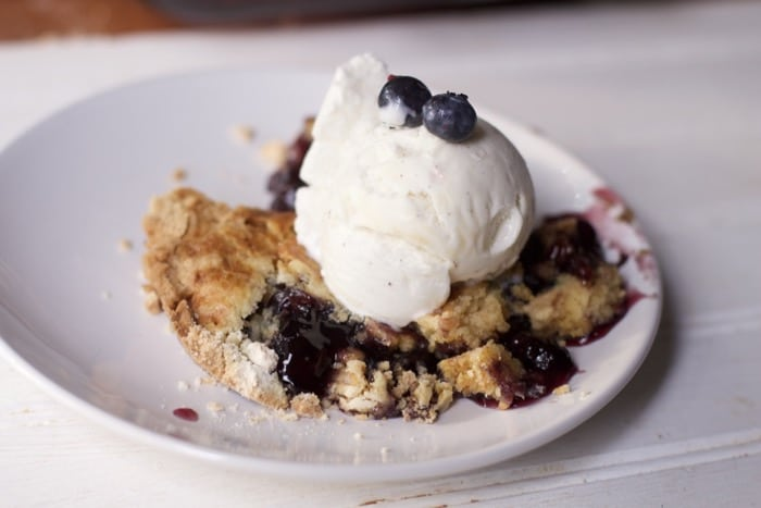 Three Ingredient Blueberry Dump Cake Recipe