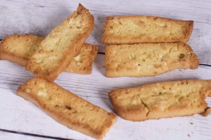 Nonna's Easy Homemade Biscotti insta