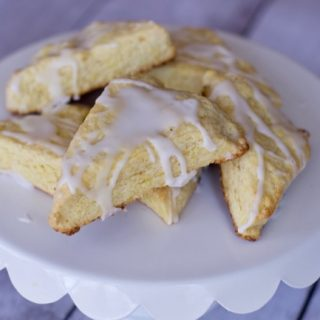 Easy lemon scones with Pudding