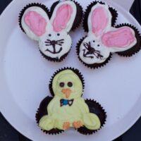 Easter Pull Apart Cakes - Mini Bunny Cupcake Cake