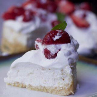 Keto Diet Cheesecake (Low Carb Dessert)
