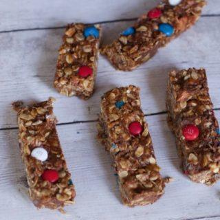 Homemade Chewy Granola Bars Recipe