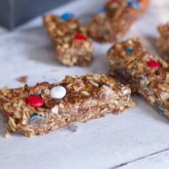No Bake Homemade Granola Bars Recipe using PB Powder