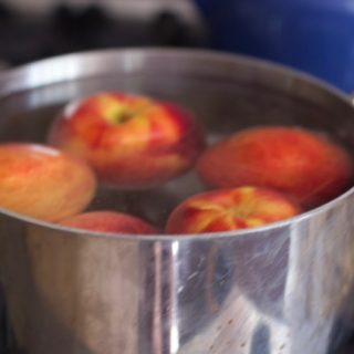 how to peel peach