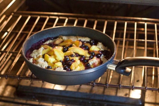 Peach Blueberry Skillet Dessert Pan 2