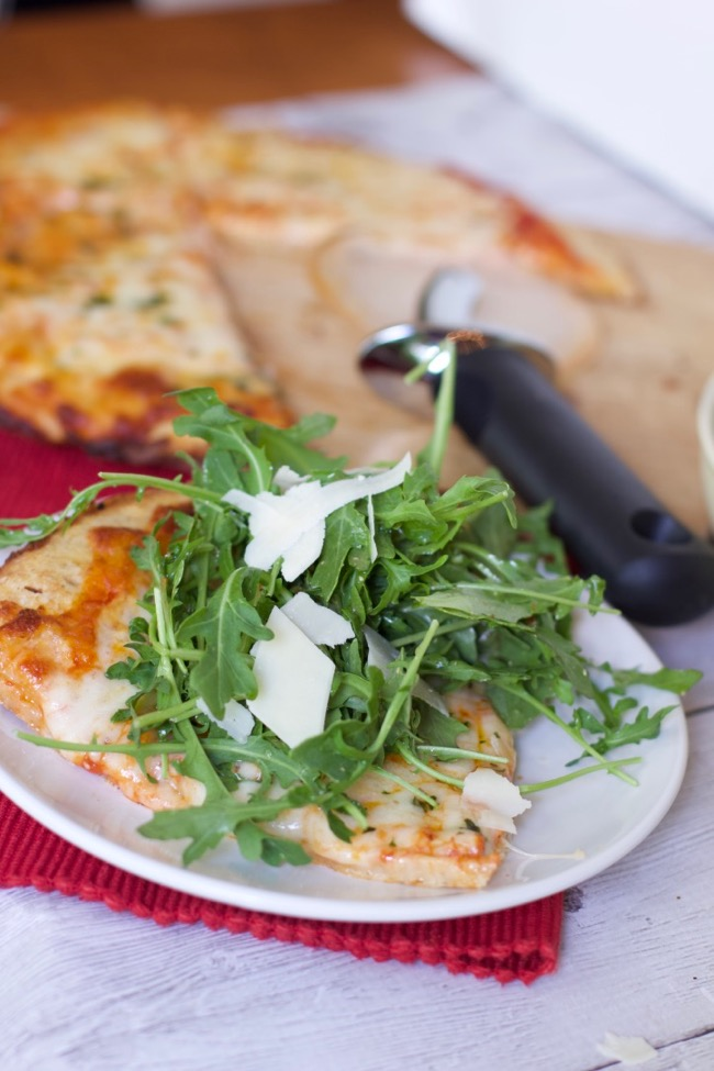 How to Throw a Simple Pizza Party For Adults