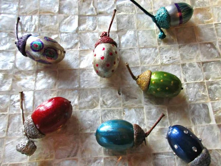 How to Make Pretty, Painted Acorn Jewels