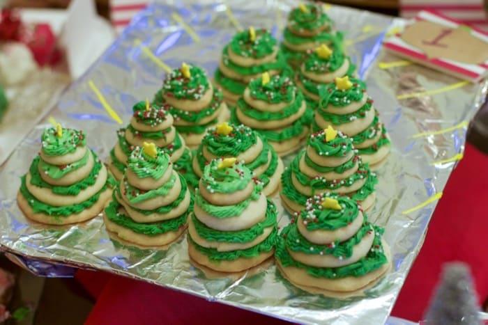 Best Cookie Exchange Cookie Displays
