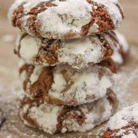 Easy Chocolate Crinkle Cookies Recipe
