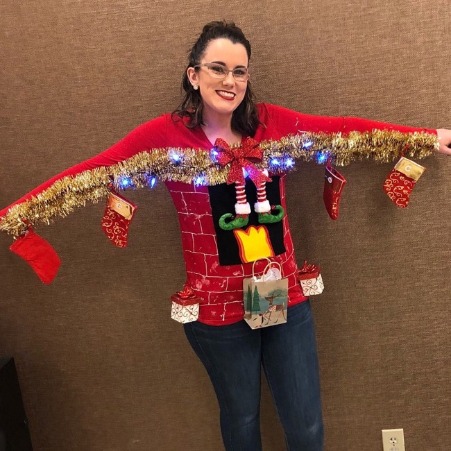 5 Tips To Make Your Ugly Christmas Sweater Party