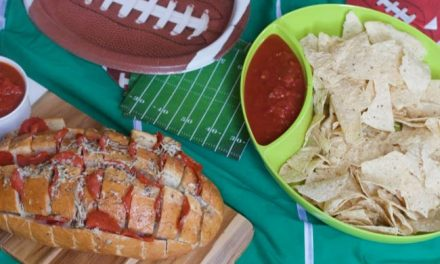Easy Game Day Snacks : Big Game Spread