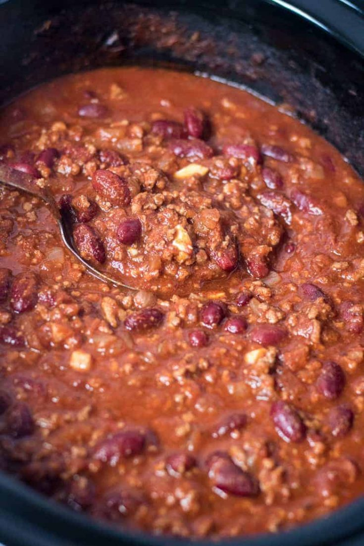 Easy Crockpot Chili Recipe with Ground Beef